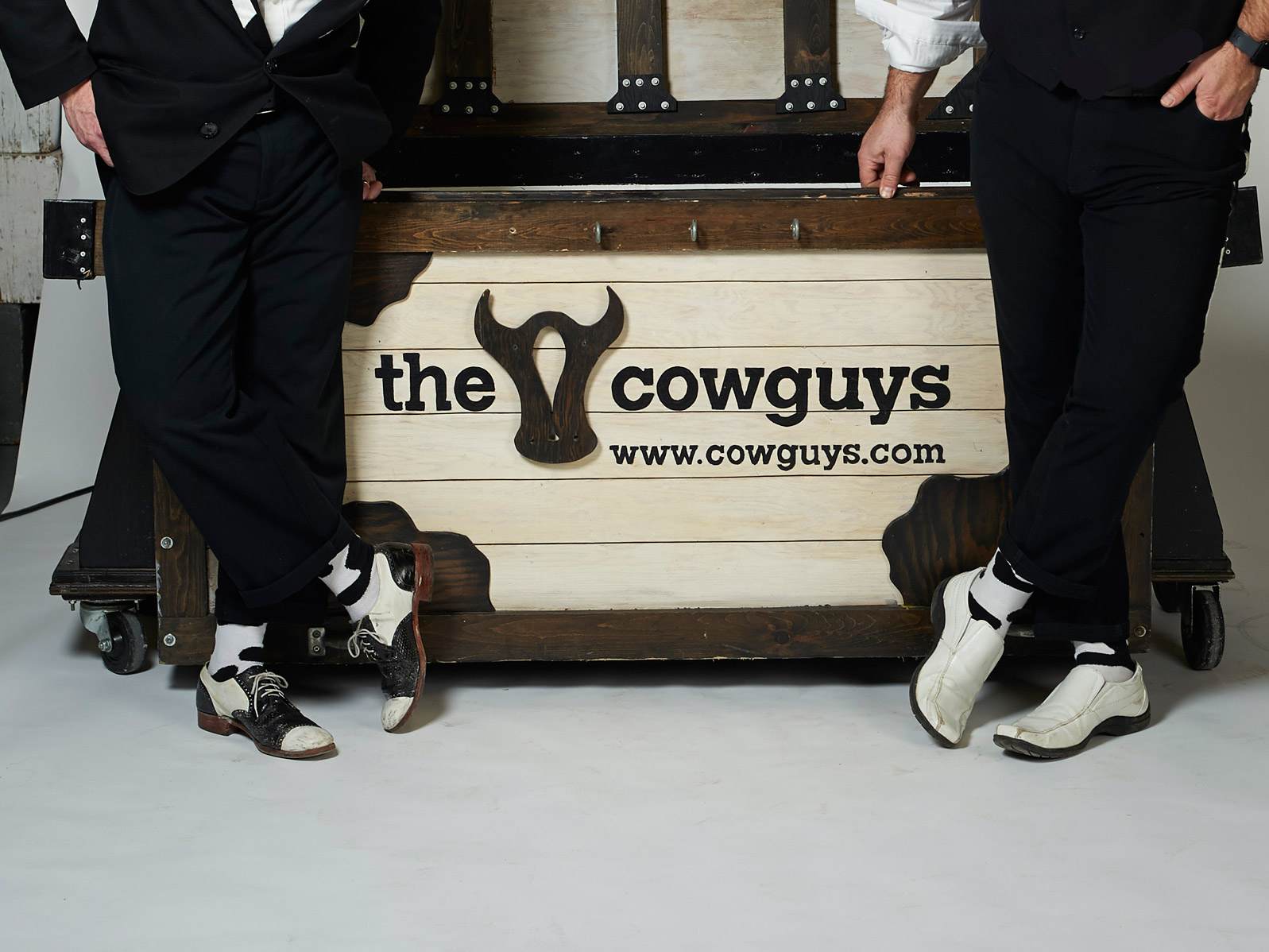 r2The-Cowguys-98